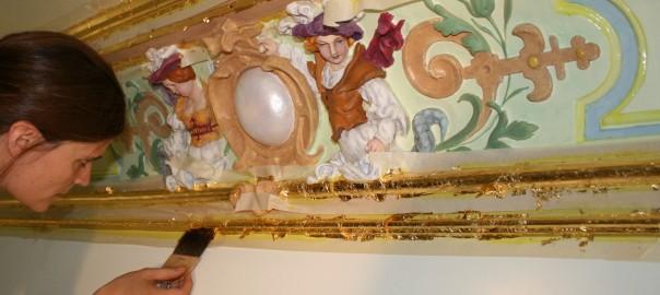 Stuckdecke, Vergoldung, Ölvergoldung, Blattgold